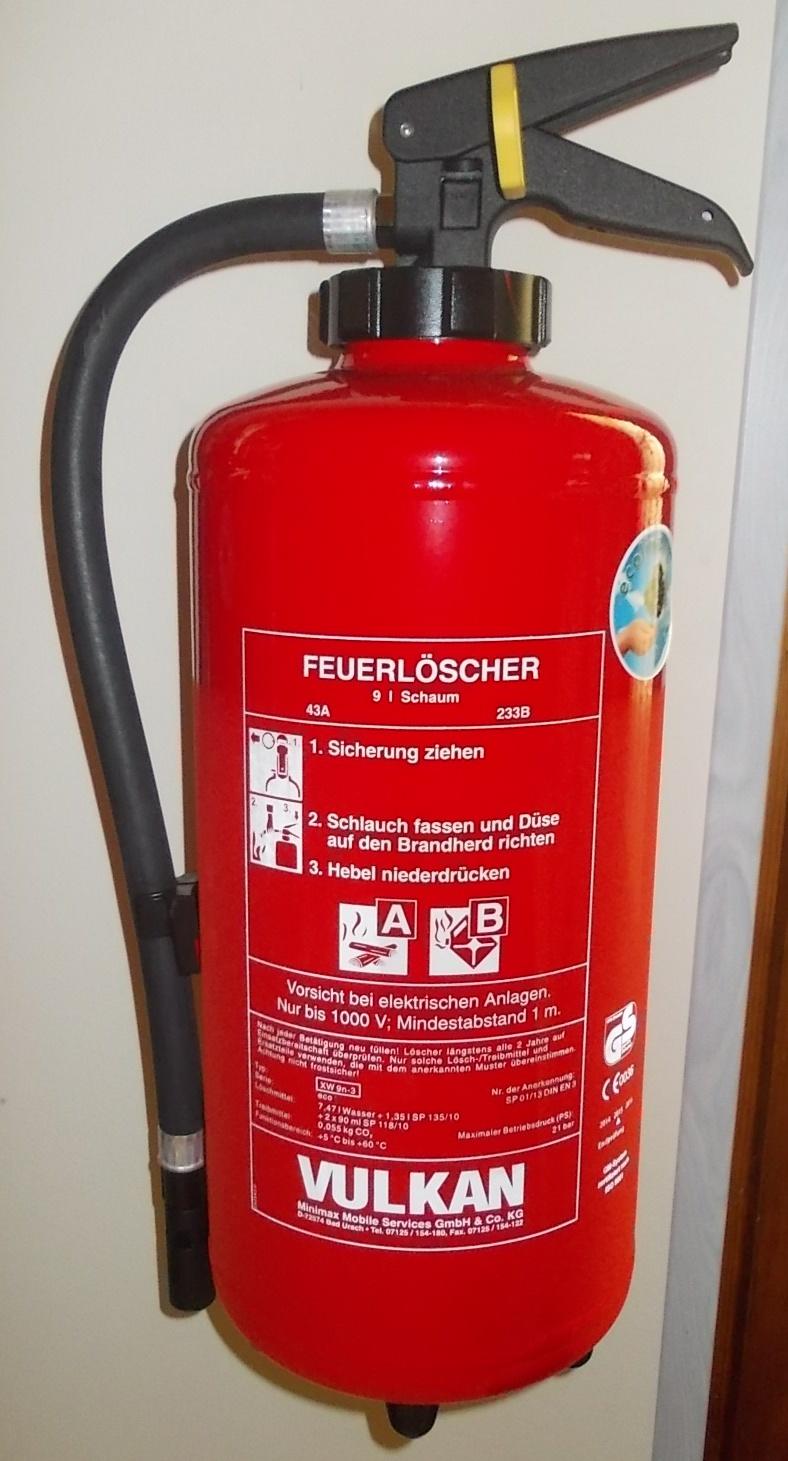 Schaumfeuerlöscher 9 Liter XW9